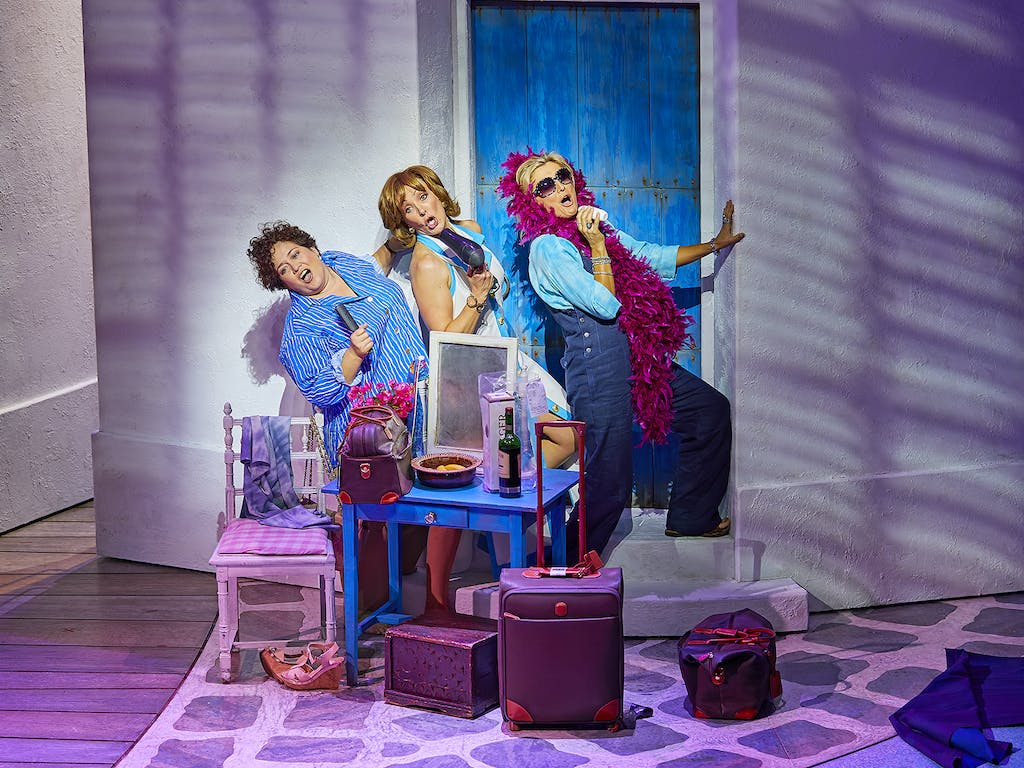 Mamma-Mia-London-theatre-todaytix