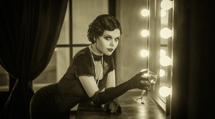 975a3e6671df Get The Look  1920s Great Gatsby Style Tips