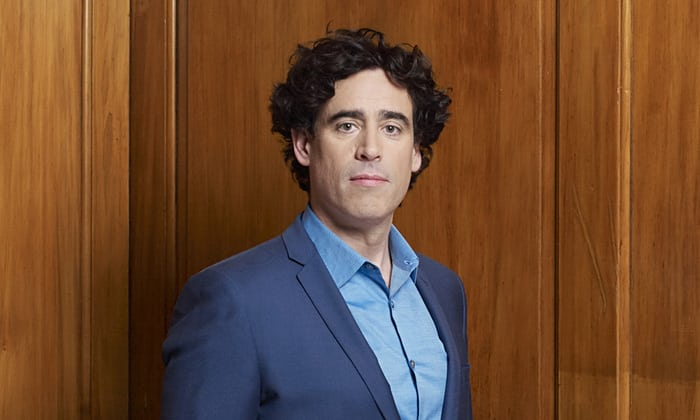 stephen-mangan-guardian-theatre-todaytix